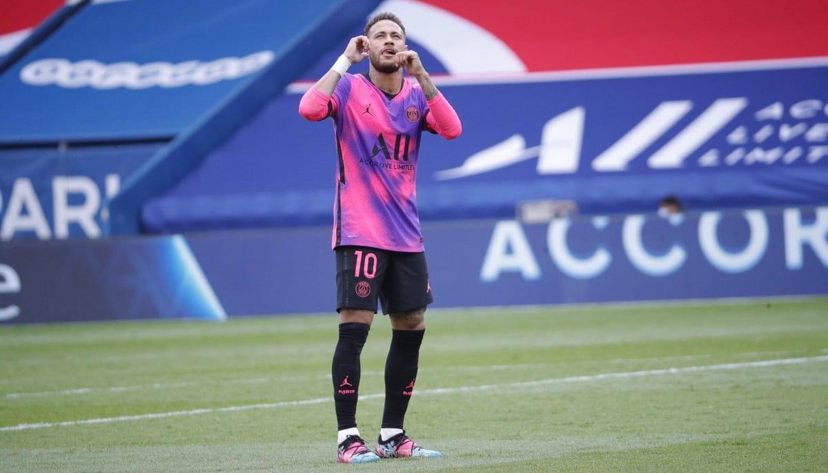 نیمار جونیور یکی از پرطرفدارترین فوتبالیست جهان